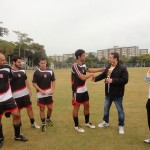 Ramiro, recebendo o troféu de 3º lugar